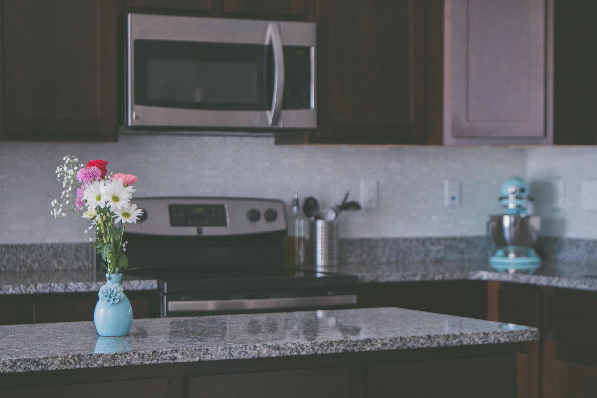 custom black and gray granite countertops