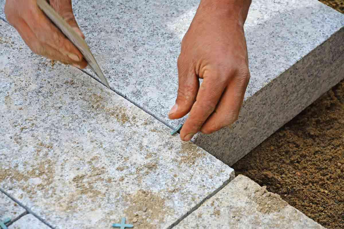 Granite fabricator creates close jointing between paver blocks